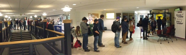 students-voting-at-mun
