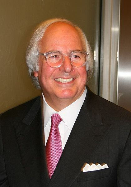 421px-Frank_Abagnale_(cropped)