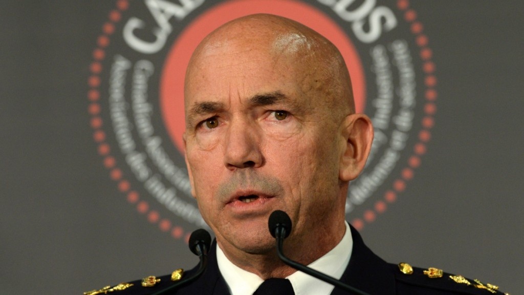 rcmp-commissioner-bob-paulson-warrantless-subscriber-info-20151125